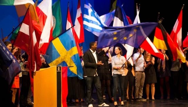 Ευρωπαϊκή διάκριση για τη Συντονίστρια Αγγλικού Τμήματος Σχολείων της Φ.Ε.