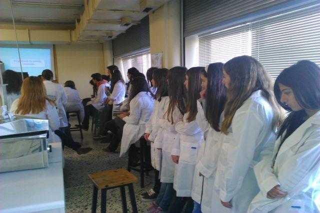 Στο Εργαστήριο Φυσιολογίας Ζώων τού Τμήματος Βιολογίας ΑΠΘ