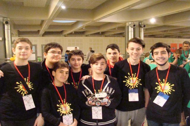 Η ομάδα Ρομποτικής στο FLL